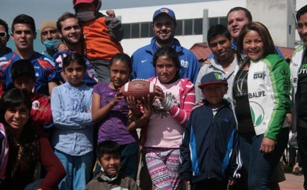 Borregos Puebla visitaron una estancia infantil