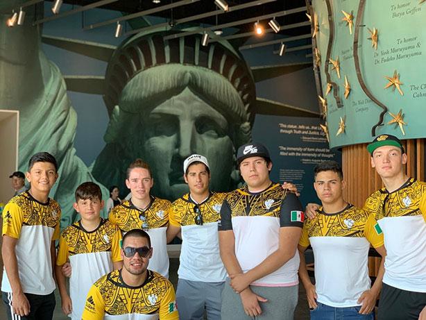 Guerreros Jaguar del Colegio SuBiré por Nueva York