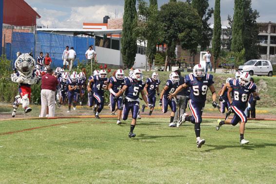 Los Tigres Blancos de la UMAD rugen en Cuernavaca