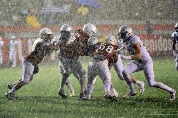 El mal tiempo propició la cancelación del scrimmage